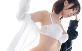 日本网红 伊织もえ 伊织萌 黒タイツ写真集【111P/832M】