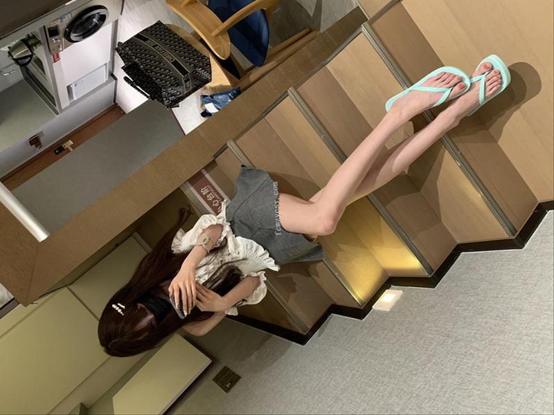 足控重磅福利,国产美少女裸足 [1V+157P]